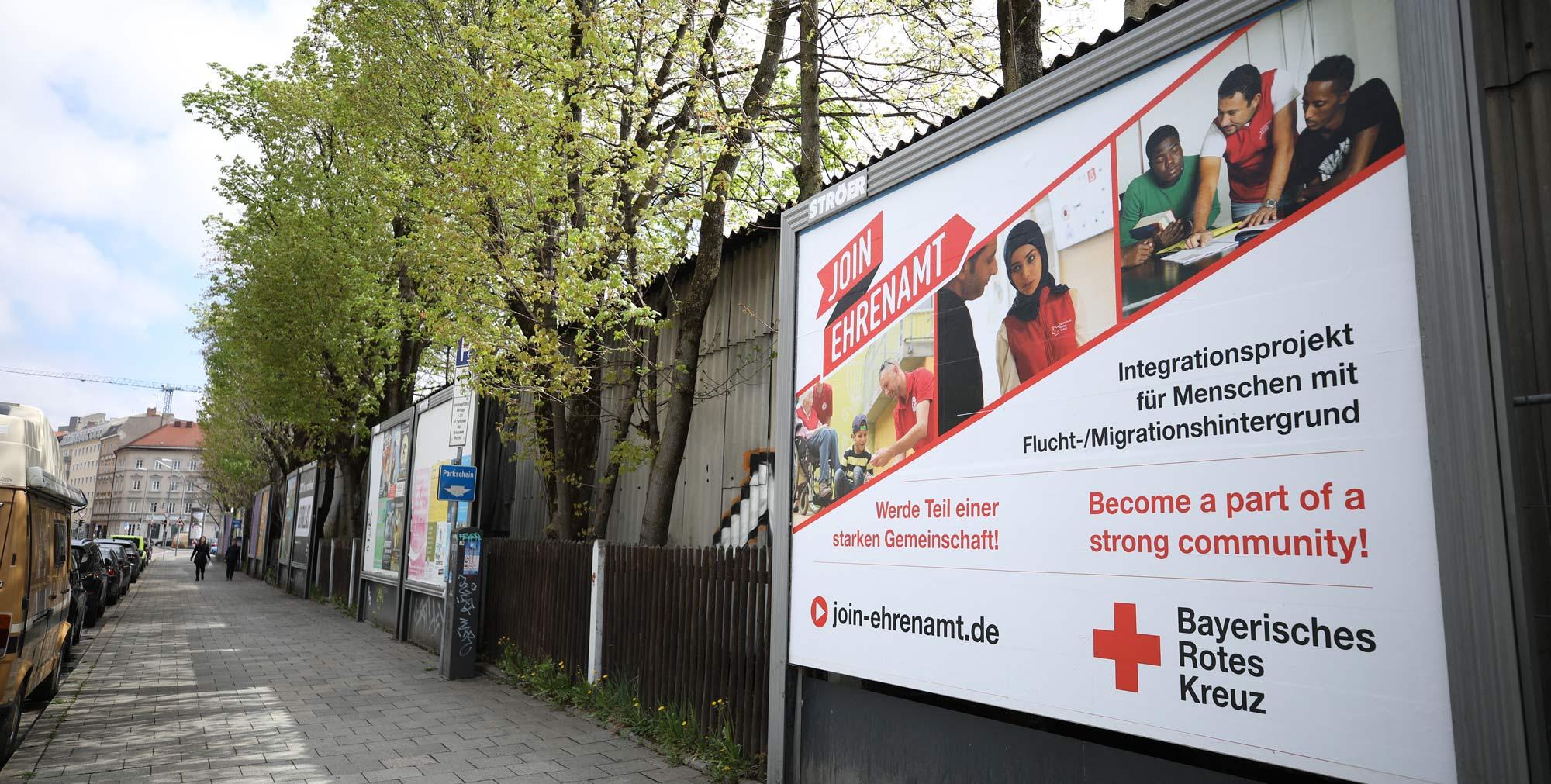 Großflächenplakate für das Bayerische Rote Kreuz